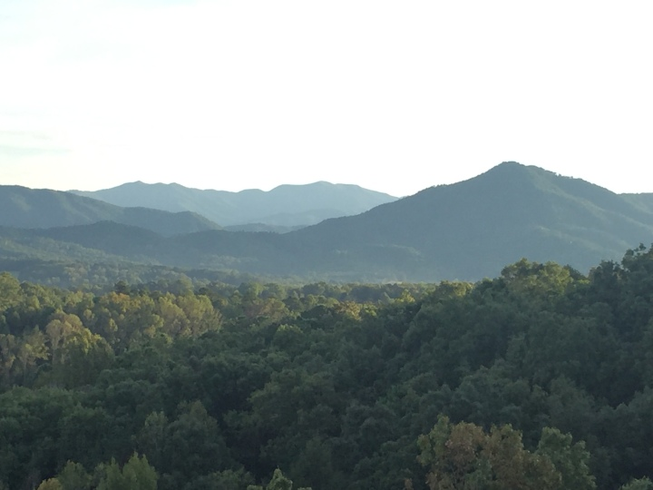 travel guide: the great smoky mountains, tennessee